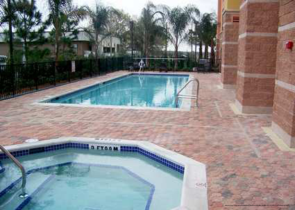 Hampton inn and suites vacation deals orlando vacations for Pool show orlando florida
