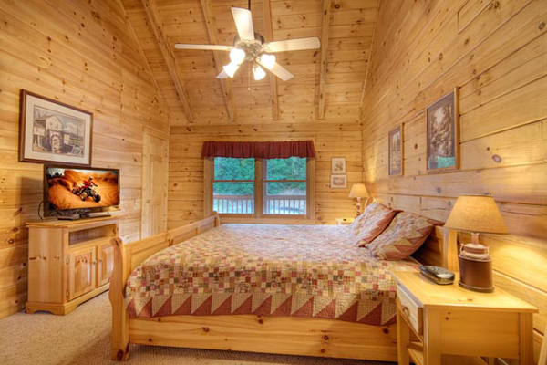 $189 3 Days 2 Nights Pigeon Forge, TN Cheap Cabin Deal