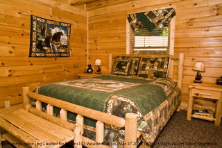 $399 Pigeon Forge 5 Day 4 Night Spring Break Travel | 1 Bedroom Cabin |  Game Room