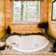 88-jacuzzi-tub-pigeon-forge-cabin