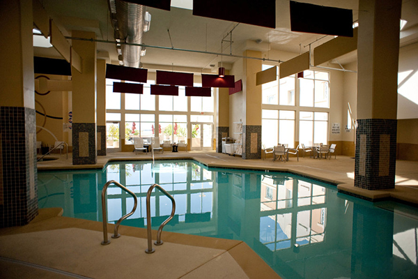 59 per night best las thanksgiving vegas resort deals for Indoor swimming pools in las vegas