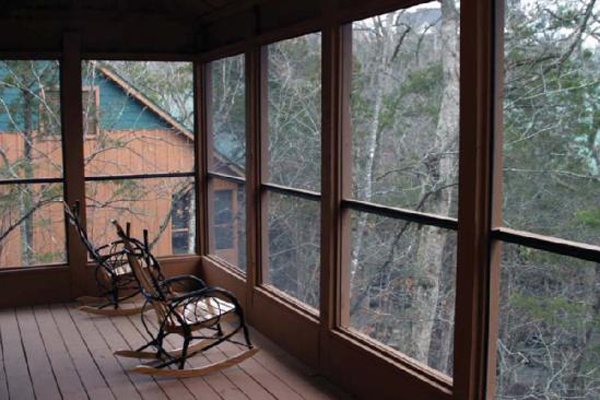 CABINS AT GREEN MOUNTAIN RESORT IN BRANSON, MISSOURI
