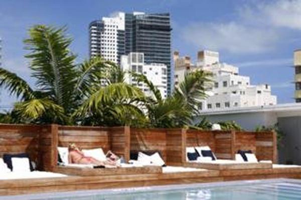 Catalina Vacation Hotel Room