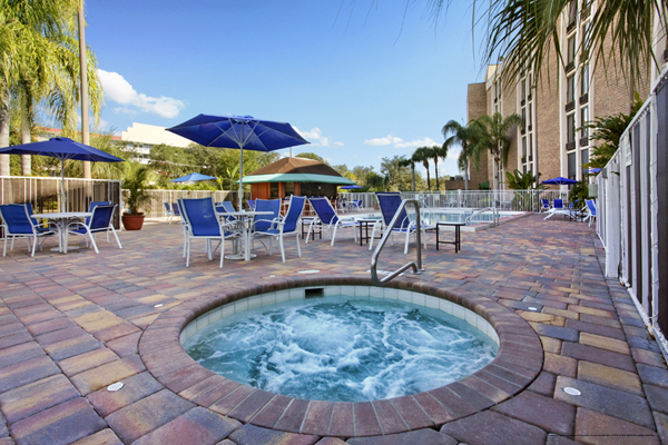 199 spring break at the clarion hotel maingate in orlando for Florida hot tubs