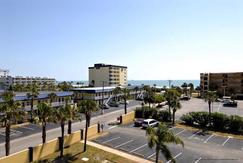 Cocoa Beach Florida New Year S Vacation Getaway Rooms 101