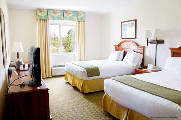 Cheap Orlando Memorial Day Vacation At The Crown Club Inn Rooms 101