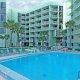 El Caribe Resort pool
