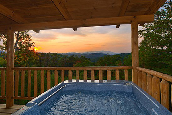 rentals kimble smoky cabin mountains great tub in tubs hot with gatlinburg forge pigeon tn