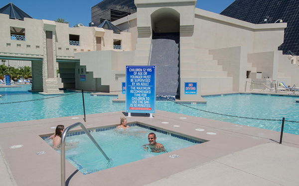 Memorial day las vegas vacation at the luxor hotel from - Luxor hotel las vegas swimming pool ...