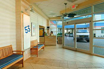 Front entrance at The Best Western Carolinian in Myrtle Beach