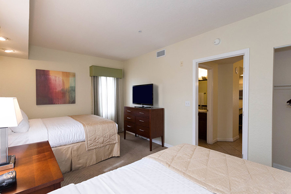 Mystic Dunes Resort and Golf Club 2 double beds