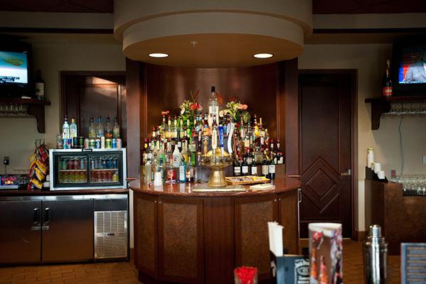 Mystic Dunes Resort and Golf Club bar