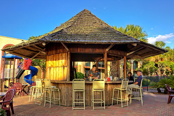 MainGate Lakeside Resort Vacation Packages with Gatorland