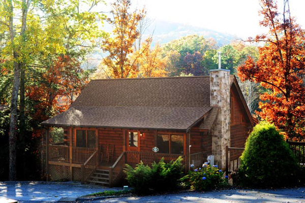 Cheap gatlinburg vacation cabins from 99 for 2 nights for Eagles ridge log cabin