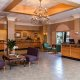 Quality Suites - Royal Parc lobby