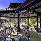 Quality Suites - Royal Parc sidewalk cafe