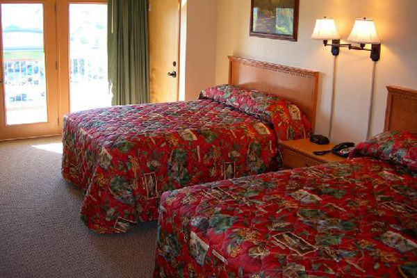 169 Pigeon Forge Spirit Of The Smokies Lodge 3 Day Deal