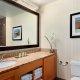 DoubleTree by Hilton bathroom