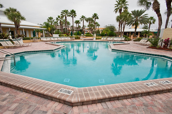 Orlando florida vacations wyndham orlando resort for Pool show orlando