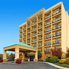 Pigeon Forge Vacations - Comfort Suites vacation deals