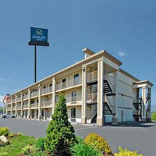 Pigeon Forge Vacations - Quality Inn Parkway vacation deals