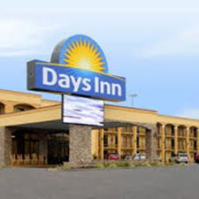 Pigeon Forge Vacations - The Days Inn Motel vacation deals