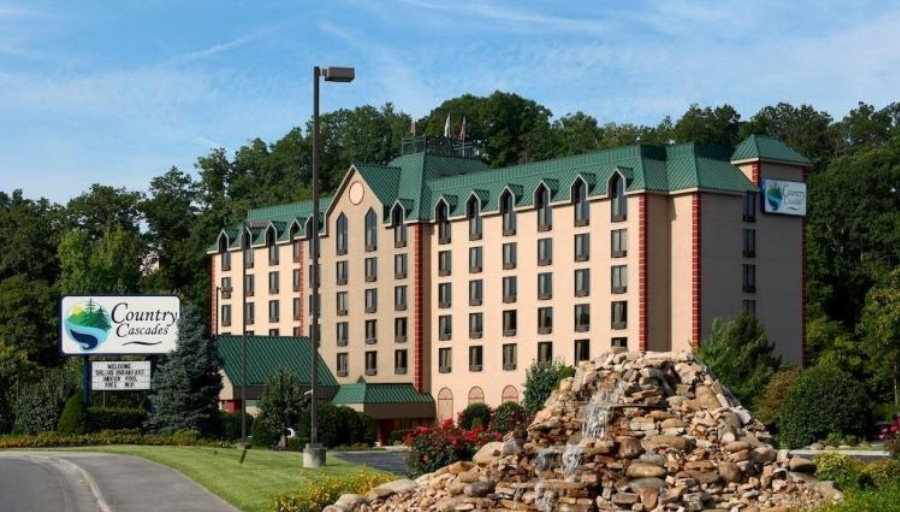 Pigeon Forge Vacations – Country Cascades Vacation Deals