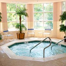 Williamsburg Vacations - Country Inn and Suites vacation deals