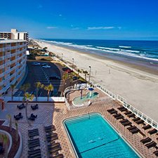 89 Inn On The Beach Resort 4th Of July Daytona Vacation 1 Bedroom Suite 4 Day 3 Night 25 Dining Dough