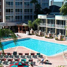 Orlando Vacations - Royal Plaza Hotel vacation deals