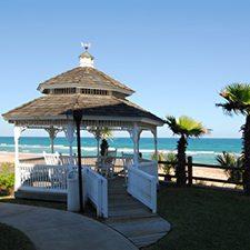 Daytona Beach Vacations - Coral Sands Oceanfront Resort vacation deals