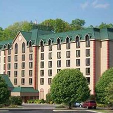 Pigeon Forge Vacations - Country Cascades vacation deals