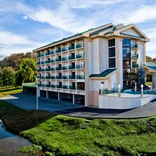 Pigeon Forge Vacations - Pigeon River Inn and Suites vacation deals