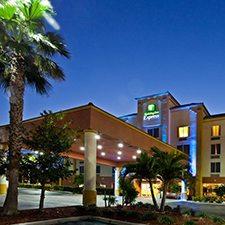Cocoa Beach Vacations - Holiday Inn vacation deals