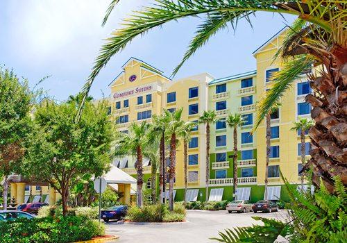 Summer Orlando Vacation Comfort Suites Maingate East Resort from $399