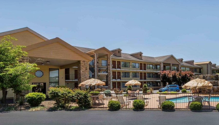 Pigeon Forge Vacations – Quality Inn Parkway Vacation Deals