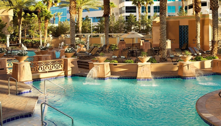 Summer Las Vegas Vacation At Hilton Grand Vacations On The Boulevard From 379