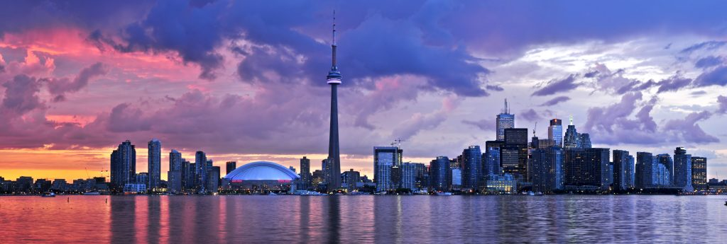 Toronto, Canada Vacation Packages – Family Vacation Packages