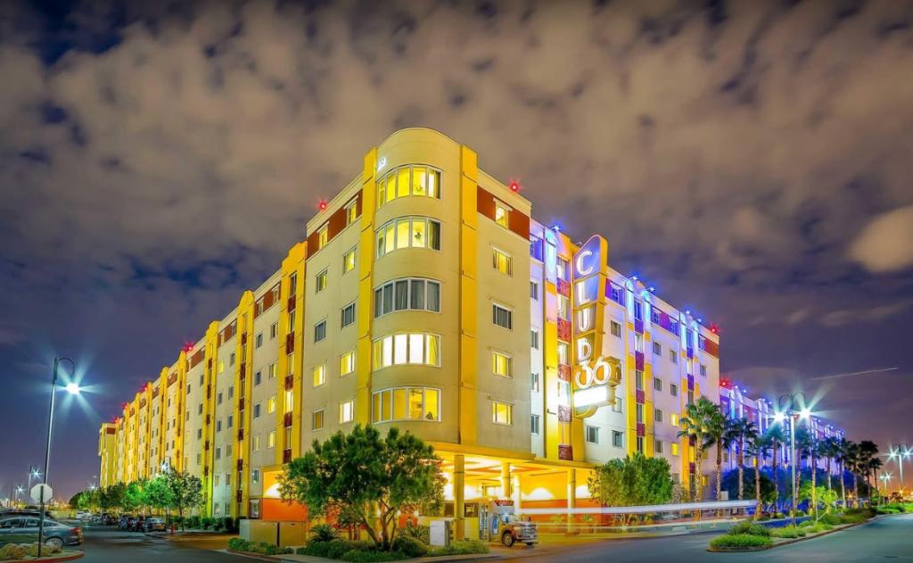 Best Las Vegas Package Resort Deals Tahiti Village